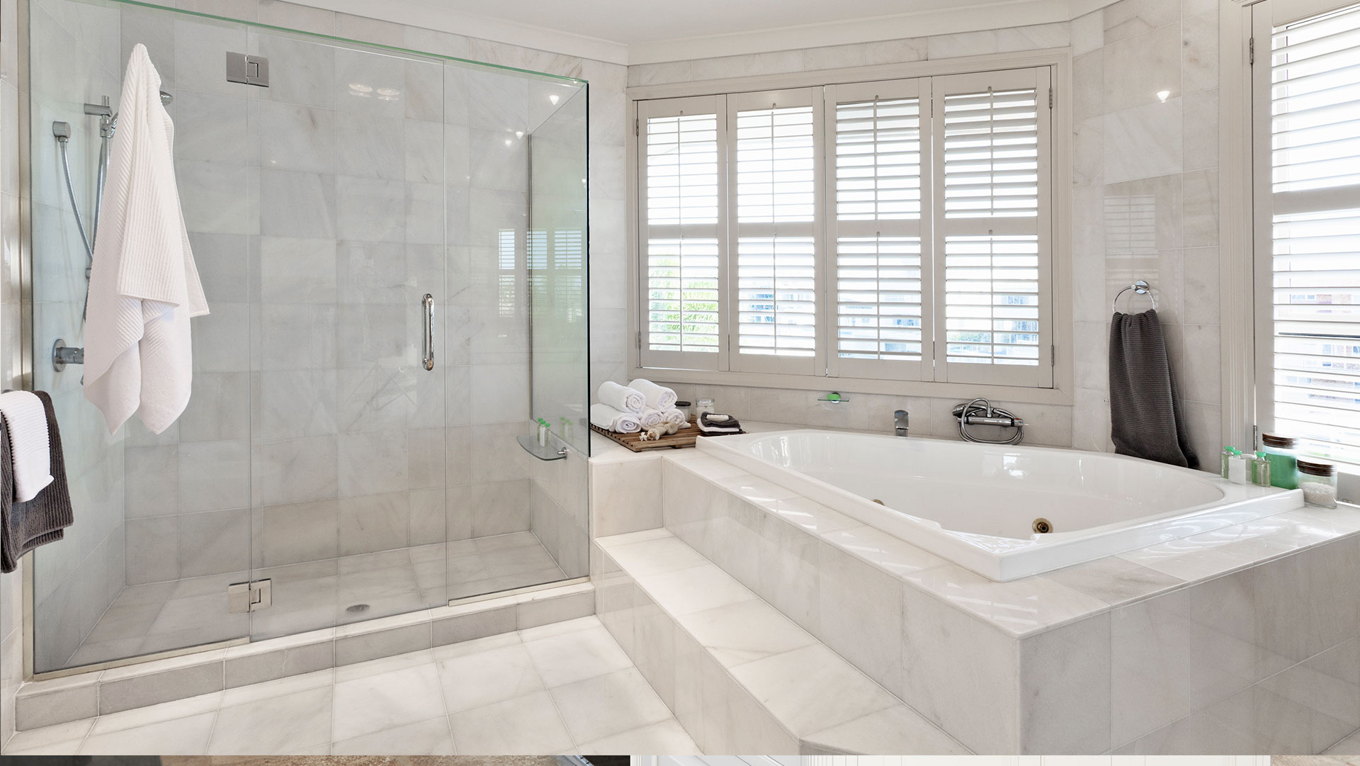 Beautiful Professional Tub Refinishing Thick Bath Reglazing Round Glazing Tubs Cost Of Reglazing Tub Youthful Shower Refinishing Cost BluePorcelain Paint For Bathtubs Home | Calgary Bathroom Remodels, Bathroom Renovations And ..